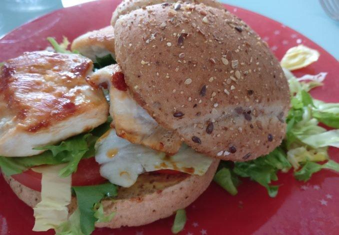 Photo d'hamburger au poulet