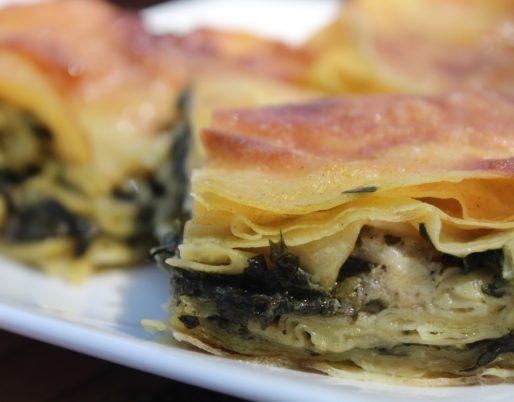 Plat de lasagne d'épinard